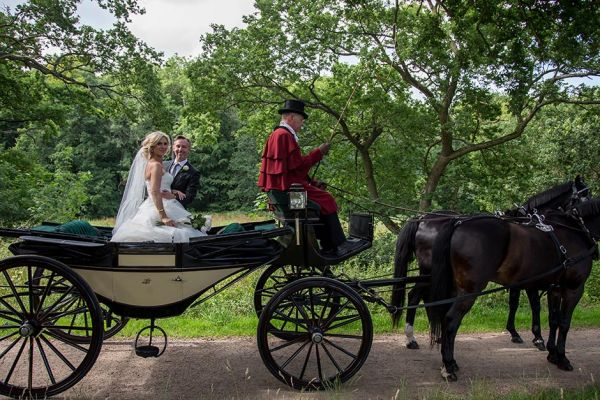effectphoto-kim-dahl-elling-bryllup-2015-0839AD1D2AEF-FF27-7725-CEB1-90F49A067E8D.jpg